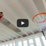 『超20m級ダンク 空飛ぶバスケ!こいつらクレイジーだぜ!』